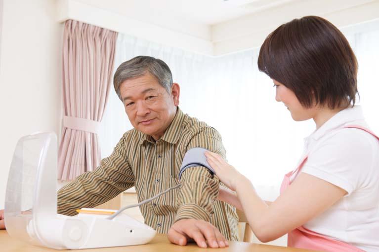 2.在宅訪問診療と睡眠時無呼吸症候群治療に力を入れています